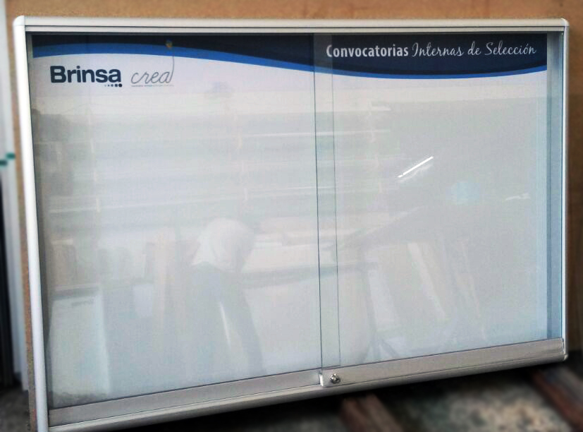 vitrina-magnetica 150x100cms