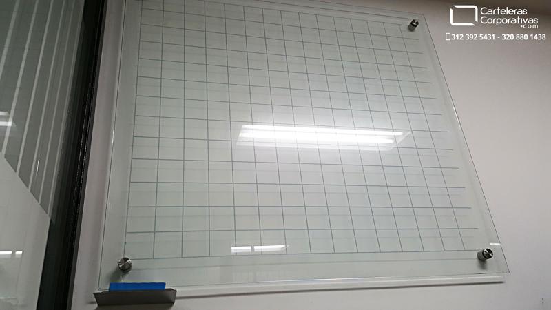 Tablero en vidrio templado con cuadr cula 100 100 cms - Tablero vidrio malm ...