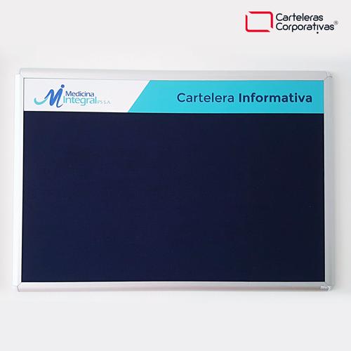 cartelera convencional tamaño 100x70 cms con paño color azul medicina integral vista frontal