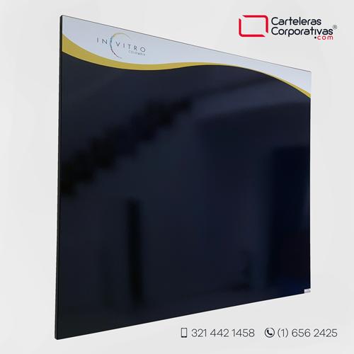 cartelera tipo retablo magnética 100x90 cms azul cobalto vista lateral