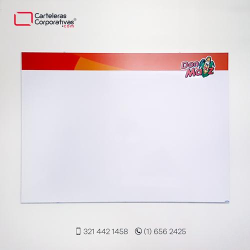cartelera tipo retablo magnética blanca 150x100 cms vista frontal