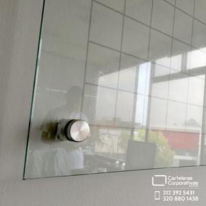 esquina de tablero en vidrio templado de 6 mm
