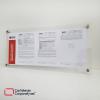 cartelera doble acrílico tamaño 75x35 cms con dilatadores bcc vista lateral