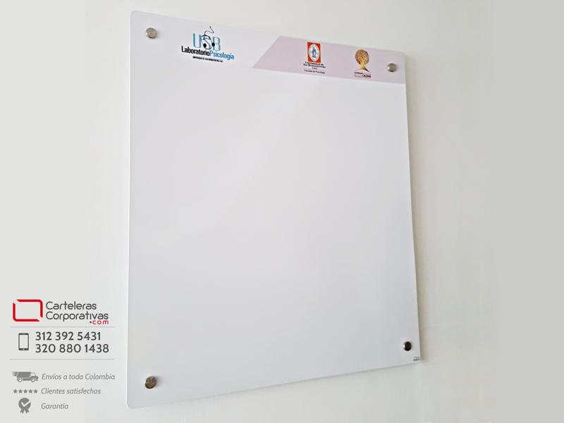 cartelera flotante magnética blanca de 80x90 cms para universidad en la ciudad de cali
