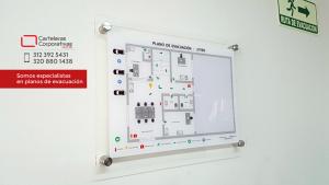plano para ruta de evacuación en segundo piso de empresa en la ciudad de Bogotá