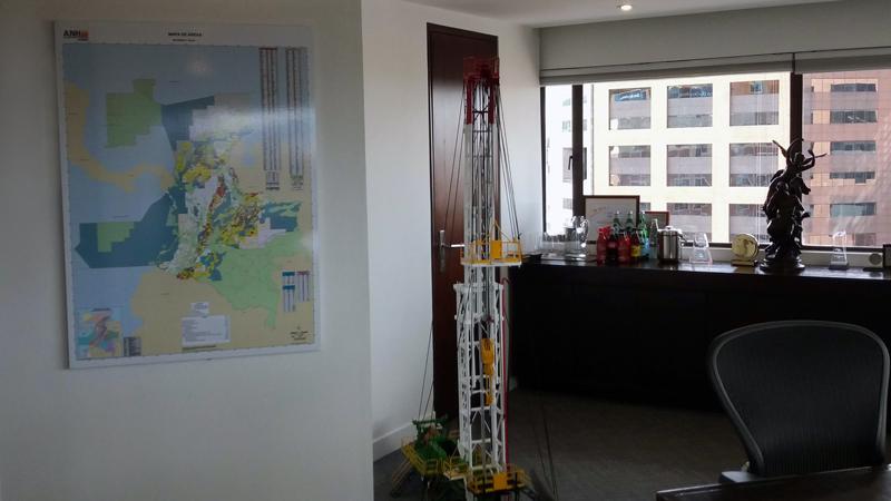 Tablero de control con imanes, mapa magnético, mapas de control magnéticos, tablero de control en oficina