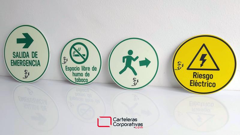 Símbolos de la señalización, señal de prohibición, señal de información,señal de peligro, señal de evacuación