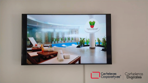 Monitor-Industrial-Samsung-de-65-pulgadas-club-campestre-bucaramanga-salón-principal-vista-frontal
